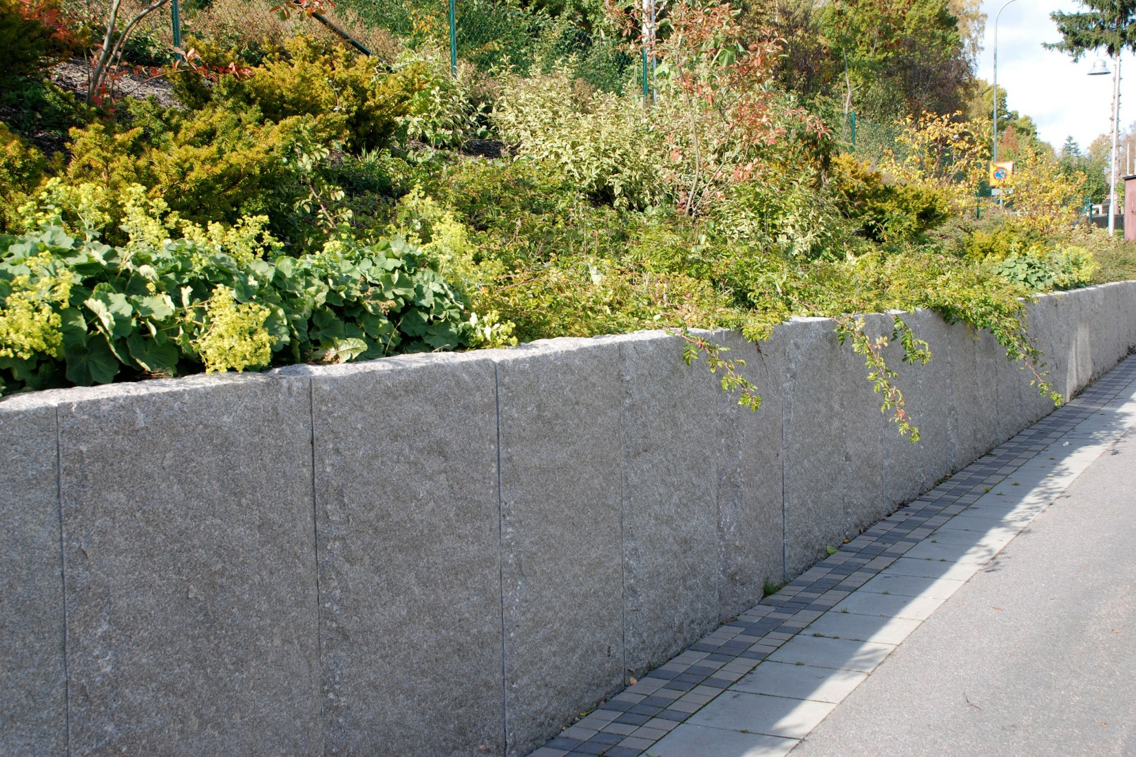 Blockstensmur granit